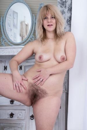 BBW Hairy Mature Pics