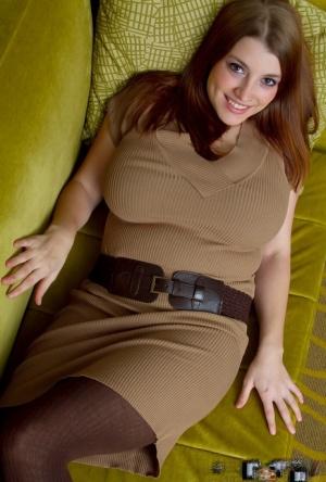 BBW Mature Skirt Pics