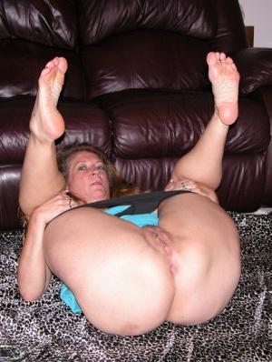 BBW Mature Feet Pics