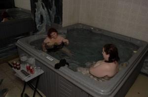 BBW Mature Pool Pics