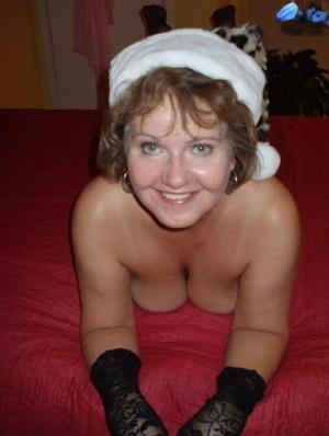 BBW Mature Christmas Pics