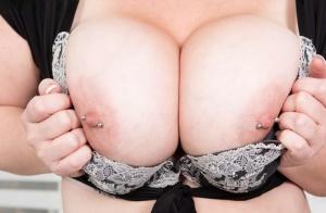 BBW Mature Piercing Pics