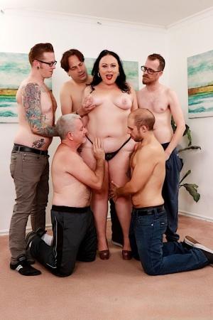 Fat Mature Gangbang Pics