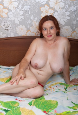 Nude BBW Mature Pics