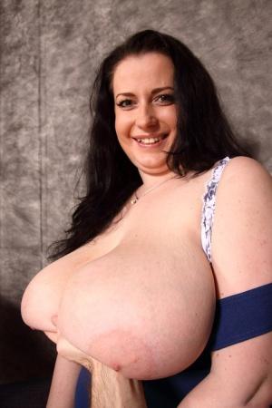BBW Mature Saggy Tits Pics