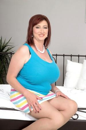 BBW Mature Big Tits Pics