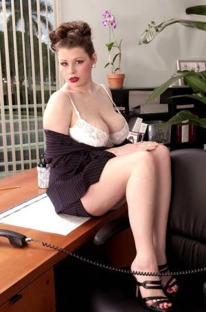 BBW Mature Secretary Pics